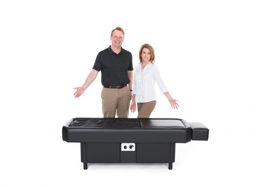 hydromassage black table couple